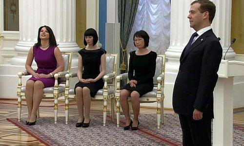 Медведев впервые вручил премии молодым деятелям культуры