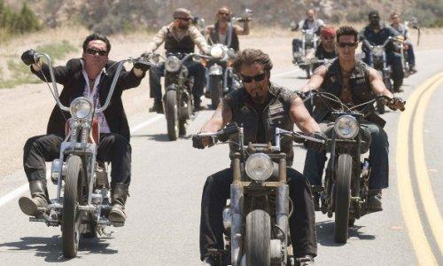 Байкер в США упал с мотоцикла и скончался от травмы головы