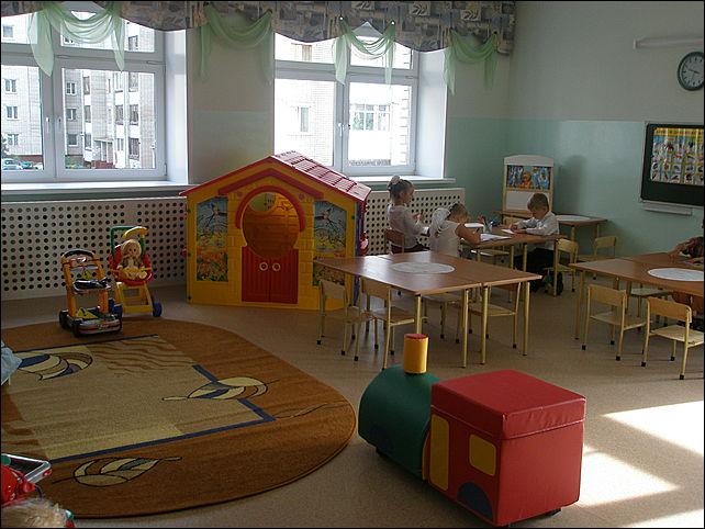 Полицейский избил в детском саду шестилетнего ребенка, обижавшего его сына.