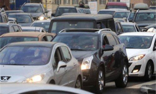 ДТП на Можайском шоссе столкнулись пять машин