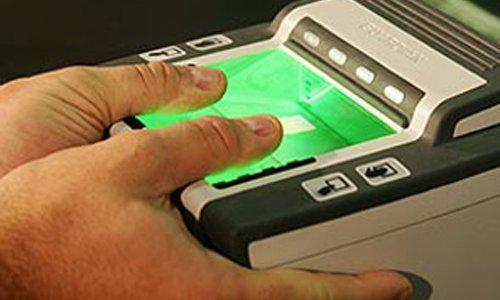 С 2012 года в загранпаспортах россиян появятся отпечатки пальцев