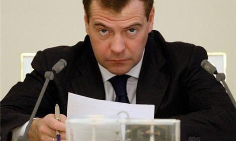 Дмитрий Медведев предложил на должность губернатора Волгоградской области бывшего мэра Астрахани