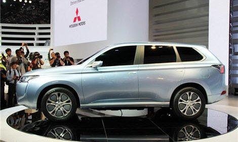 Россия станет первой страной, где будет продаваться новый Mitsubishi Outlander