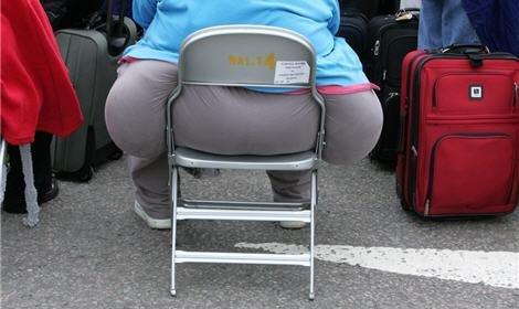 Американку в очередной раз не пустили в самолет из-за лишнего веса