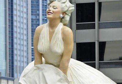 Самая большая статуя Мэрилин Монро переезжает из Чикаго в Палм-Спрингс