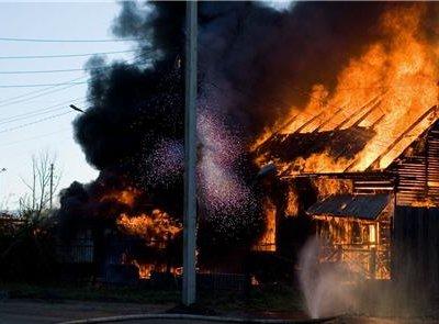 Два ребенка погибли при пожаре в городе Уссурийск