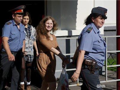Продлен арест всем участницам Pussy Riot