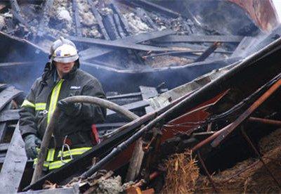 В пригороде Нижневартовска при пожаре погибли четыре человека, в том числе трое детей