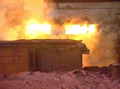 В Ханты-Мансийском округе горит завод по производству битума