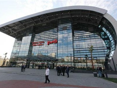 Путин поучаствовал в открытии нового железнодорожного вокзала в Адлере