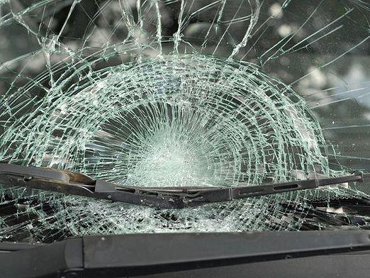 Как установить лобовое стекло в авто своими руками?